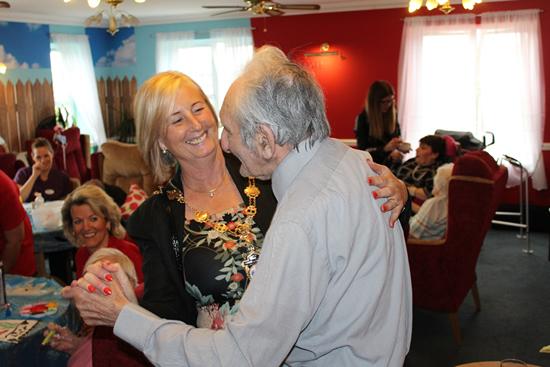 Mayor visits Romford Nursing Care