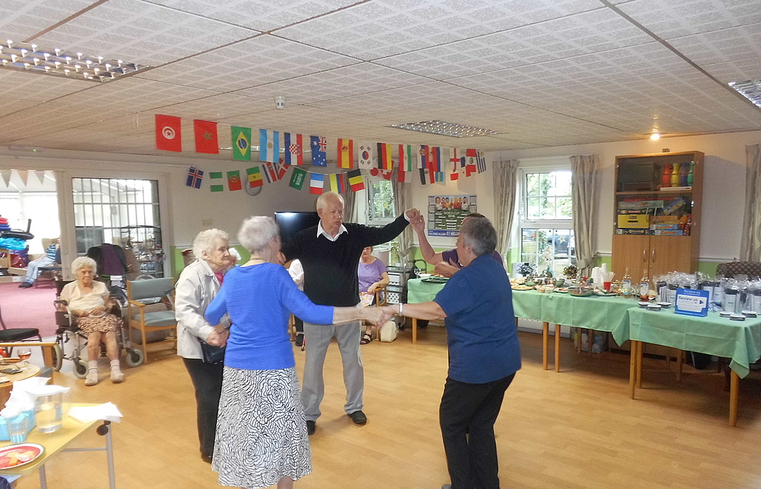 Age UK Visitors Dancing